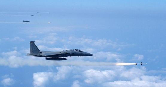美军红旗空演再拉大幕曾模拟假想敌挂中国导弹