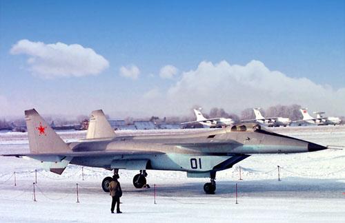 图文:米格集团1.44战机外形符合五代战机布局