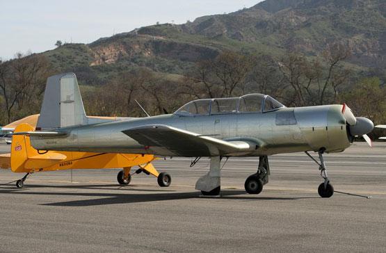 图文:加利福尼亚航空爱好者购买的CJ-6