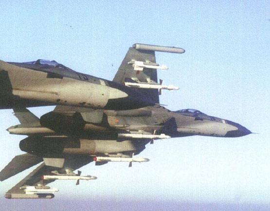 图文:解放军空军苏27SMK战机空优任务出击
