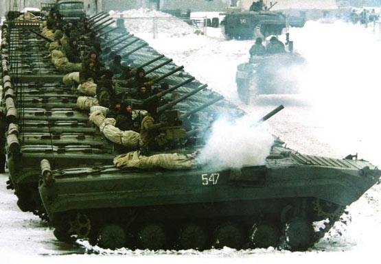 图文:俄罗斯陆军BMP-1装甲战车群