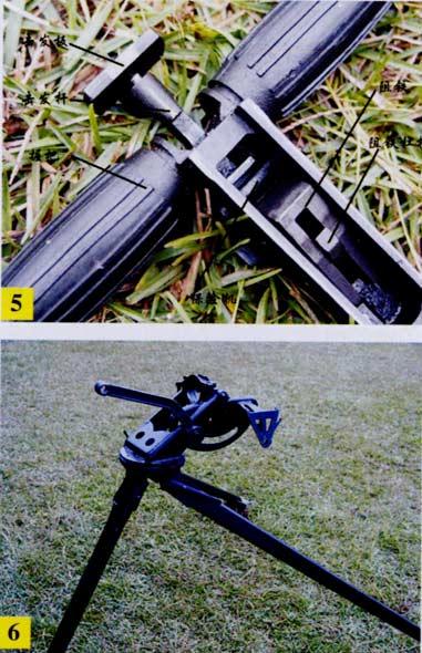图文:W95式12.7毫米重机枪发射机及枪架