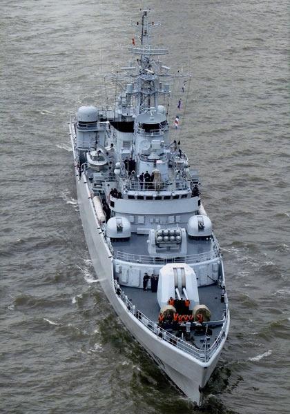 图文:中国海军江卫I级I导弹护卫舰
