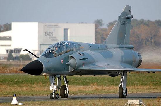 图文:印度空军装备的法制幻影-2000H战斗机