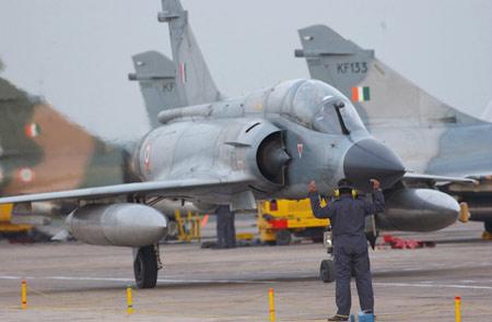 图文:印度空军装备的法制幻影-2000战斗机