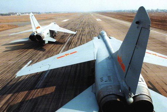 图文:国产飞豹战机作战半径已超过1000公里