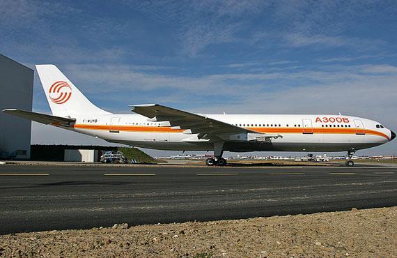 资料:空中客车A300系列客机