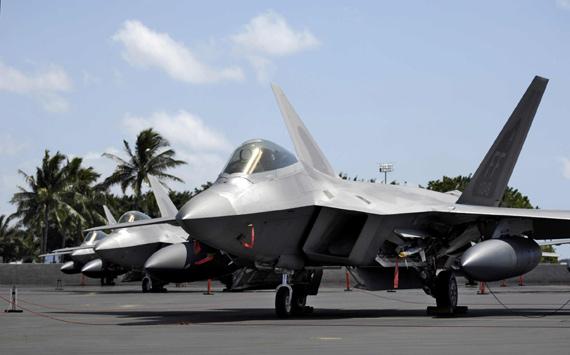 日本航空自卫队本月将与美F-22战机联合训练