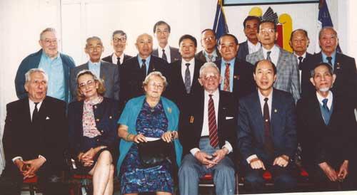 法国华裔侬族征战沙场立显赫战功(组图)