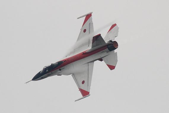 日本F-2战机性价比不高问题多争议不断(图)