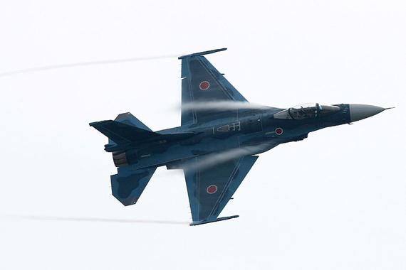 组图:日本航空自卫队F-2A战机机背特写