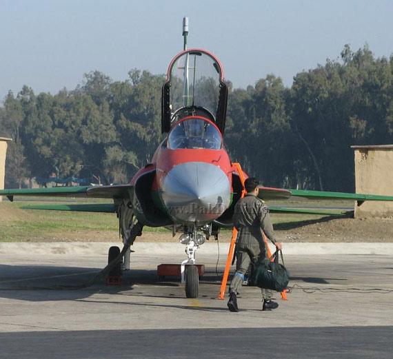 图文:巴基斯坦空军最新接收的中国制JF-17战机