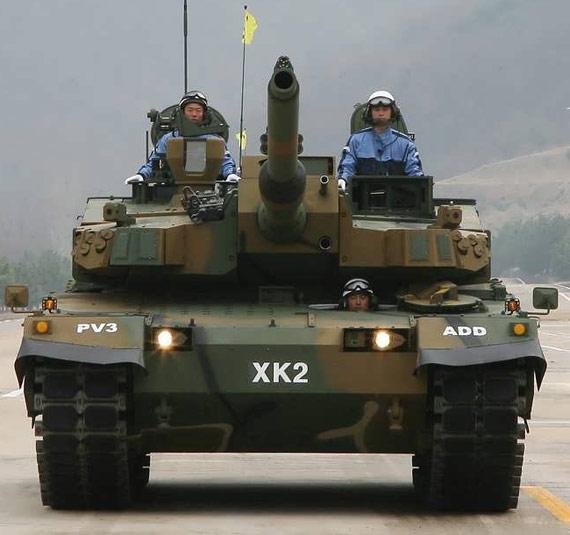 图文:韩国对外公开展示最新XK2型主战坦克