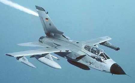 德国旋风式战斗机