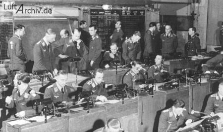 鹰从夜间起飞:二战德国夜间防空战简介(组图)