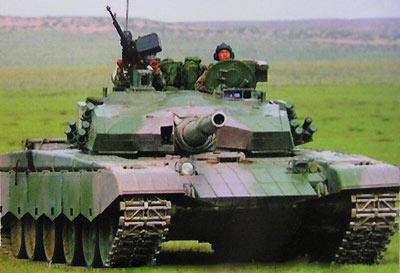 最新98改型99式主战坦克'