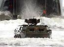 解放军92轮式步兵战车缓缓驶出登陆舰