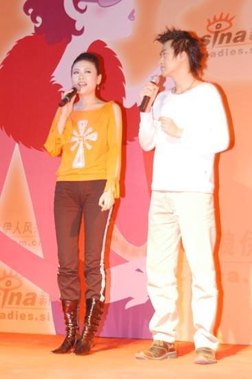 图文:帅哥美女主持人--杨帆与马咏梅