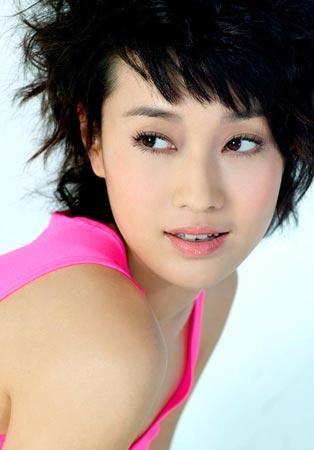 明星发型 马伊俐15款短发惊艳百变图片