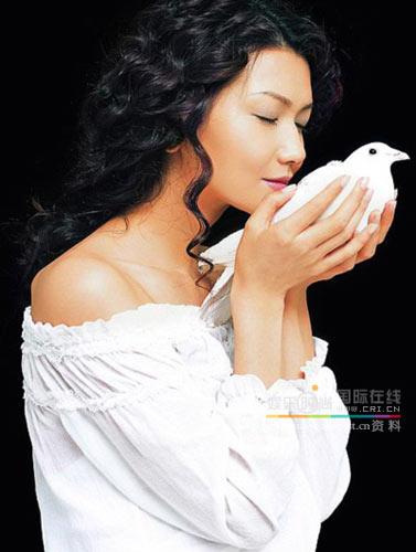 明星美容心得名模姜培琳私房美容经(组图)