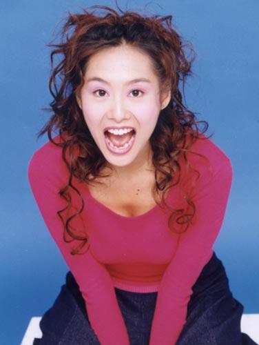 组图:明星发型 性感女神朱茵15款妖娆发型(3)图片