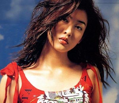 组图:明星发型 玉女李彩桦14款香艳发式(6)图片