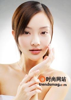 妆技:光感湿润妆让你鲜亮一整天(图)
