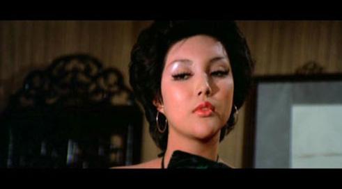香港艳星余莎莉囹�a_进入下一页    余莎莉   作为70年代后期香港最当红的艳星,余莎莉的