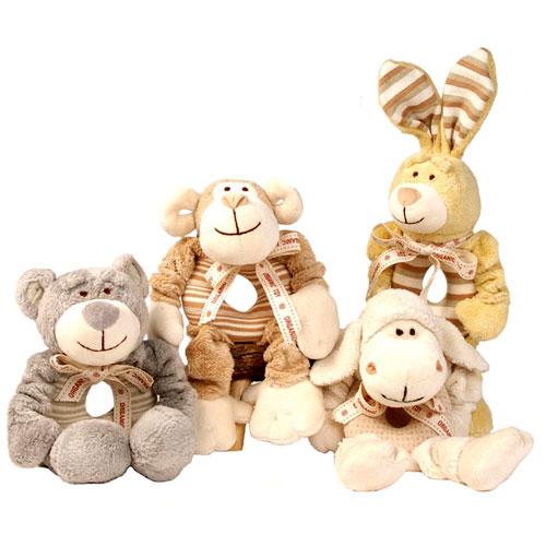 可爱动物靠垫和玩偶