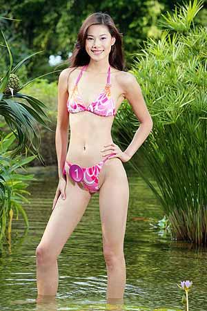 2005新丝路中国模特大赛1号选手杨芳(组图)_伊人风采