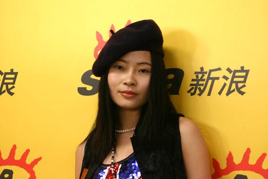 组图:知名作家做客新浪聊中国式美女