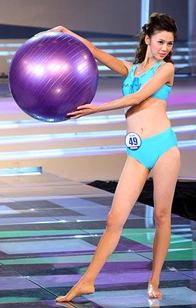 伊人风采 cctv模特电视大赛 正文    9月16日19:30,第六届cctv模特