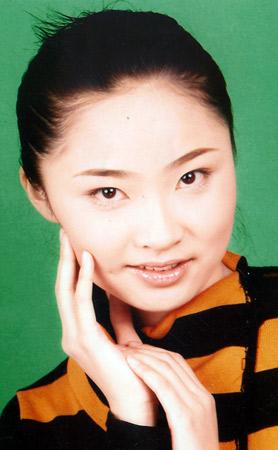 2005中国内衣模特大赛参赛选手风采--张渊(图)