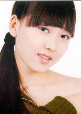 2005中国内衣模特大赛参赛选手风采--陆楠(图)