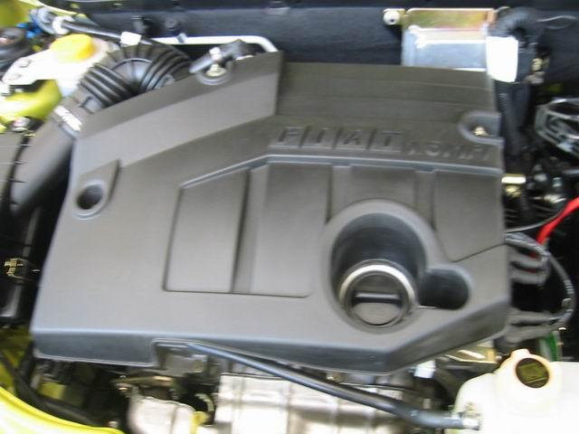 2004款派力奥发动机图片