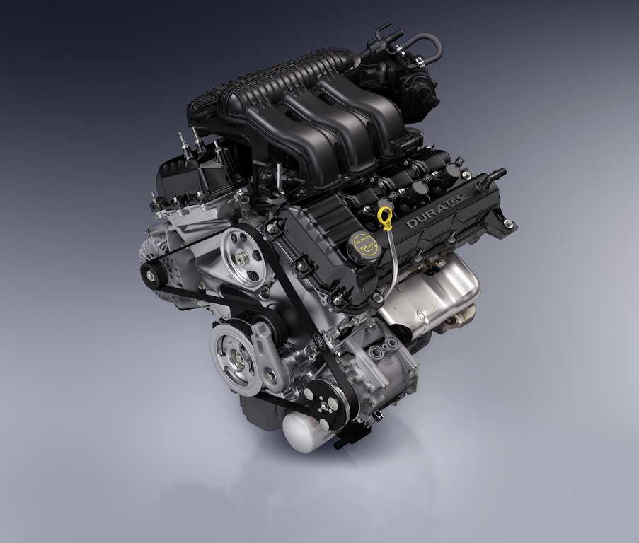 全新福特500(Five Hundred),以豪华中型四门轿车展示现代轿车设计与全新车身结构的完美结合。对于那些既追求SUV的直立式高位座椅,灵活的储物空间以及全轮驱动的卓越性能,又希望拥有舒适的驾乘体验和灵活的操控性能的消费者而言,这辆5座轿车将倍受青睐。图为福特500发动机。