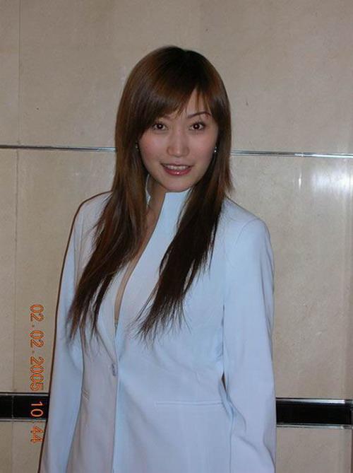 北京现代车模特李琳