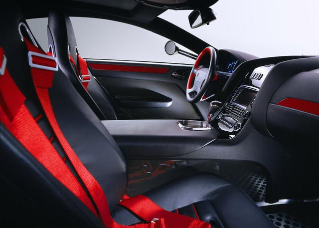 高性能超级豪华跑车迈巴赫Exelero
