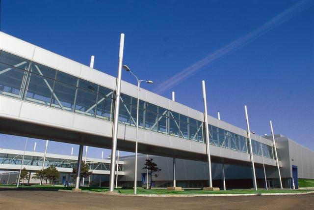 具有世界领先水平的一汽-大众轿车二厂物料通廊