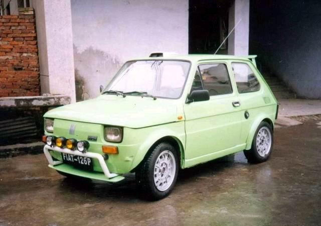 图为:新浪汽车四川德阳网友李剑利改装的菲亚特126P图片.注:这