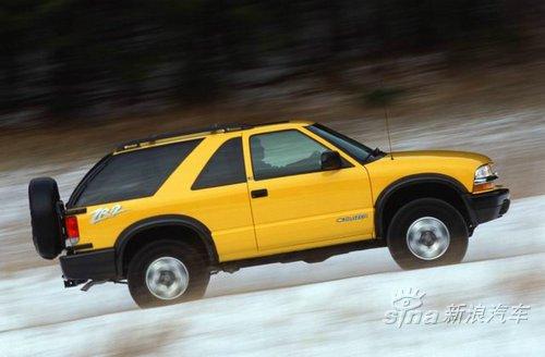"""雪佛兰豪华型""""开拓者""""越野车是金杯通用生产的顶级""""开拓者""""越野车."""