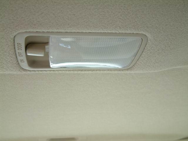 2004款天津丰田花冠glx-i电子导航版后排阅读灯