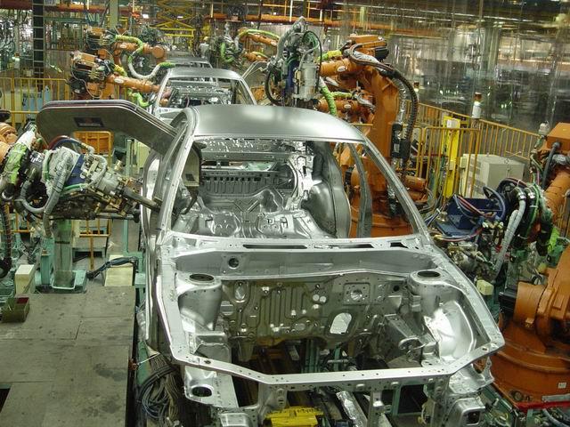 东南(福建)汽车工业有限公司.图为东南汽车焊装生产线图片.-高清图片