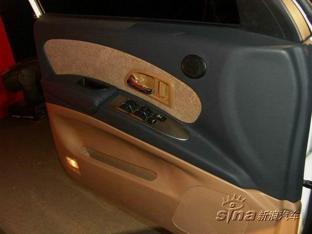 哈弗CUV集休闲、运动、SUV的越野性、轿车的舒适性为一体,主攻高清图片