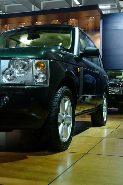 路虎公司将携其麾下所有车型参加04年北京国际车展,本次参展将是路