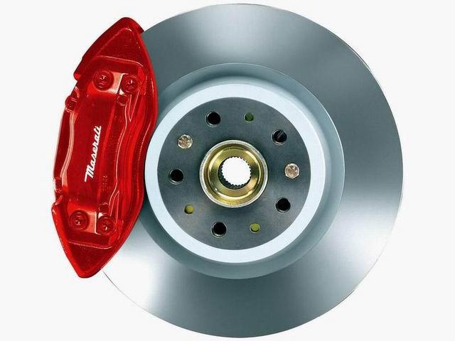 玛莎拉蒂Quattroporte的刹车盘