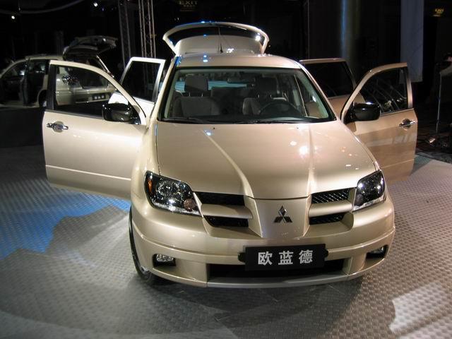 北京吉普汽车有限公司从日本三菱汽车公司引进中国制造的第一款全时高清图片