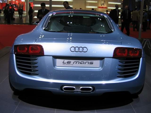 (奥迪汽车公司现为大众汽车公司的子公司,总部设在德国的英戈尔施塔特
