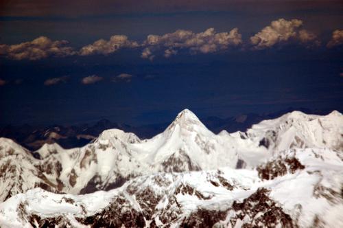 飞机上看到的雪山_图片