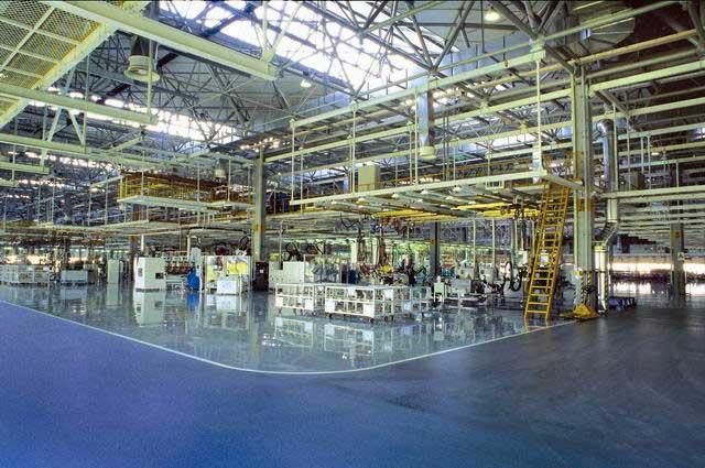 具有世界领先水平的一汽-大众轿车二厂总装车间